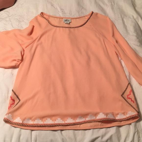 Ariat Tops - Ariat quarter sleeve orange flowy top